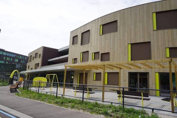 Het gebouw van de locatie